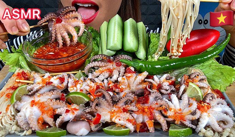 EATING BABY OCTOPUS, ENOKI MUSHROOMS, HOT CHILLI, SWEET PEPPER, CUCUMBER IN RED SPICY SAUCE ASMR