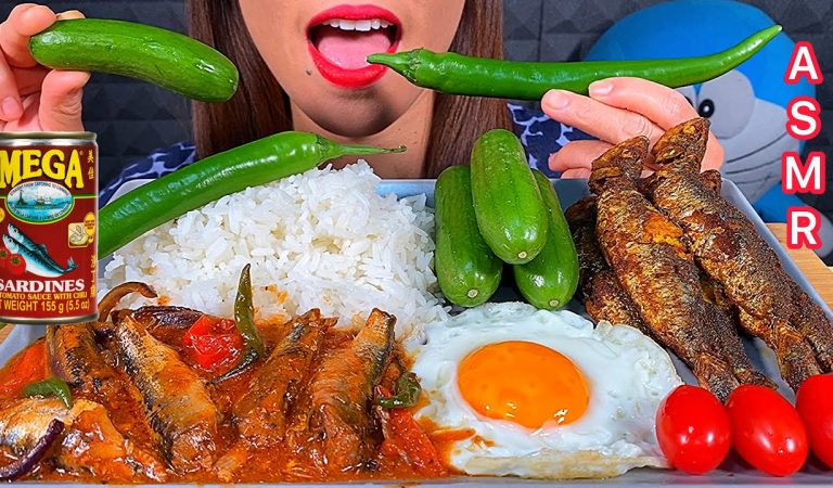 EATING CHILI SARDINES EGG RICE *MAKAN SARDEN CABAI TELUR NASI चिली सार्डिन अंडा चावल ASMR