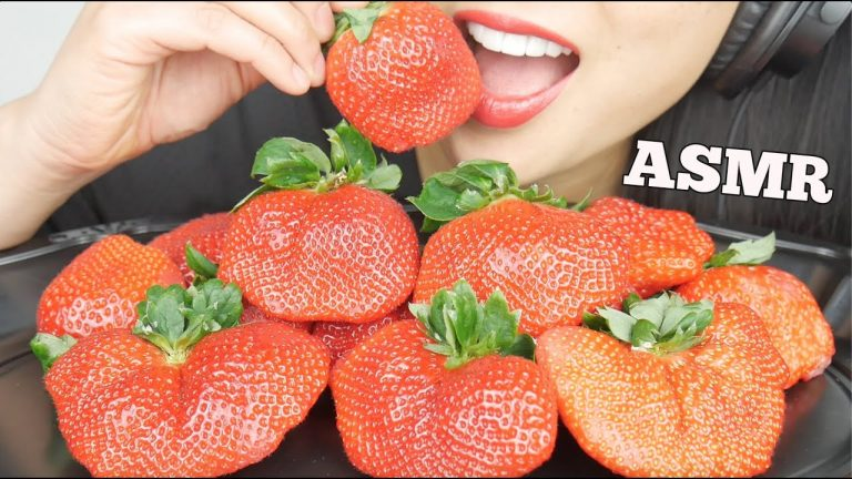 Asmr Giant Strawberries Extreme Crunchy Eating Sounds No Talking Sas Asmr Asmrhd Come and watch what ever you love. asmrhd