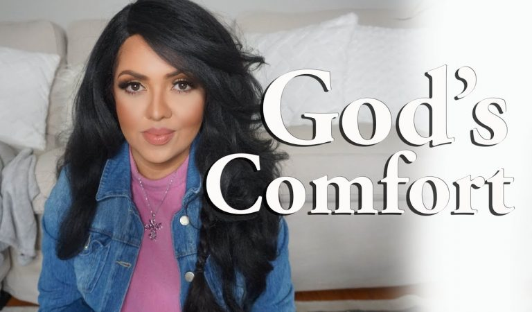 God Comforts His People ISAIAH 40🌺 Relaxing with the Word of God #ChristianASMR