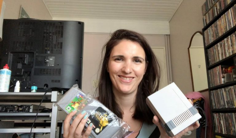 ASMR Show & Tell – My Dad's Nintendo collection (tapping, controller sounds)