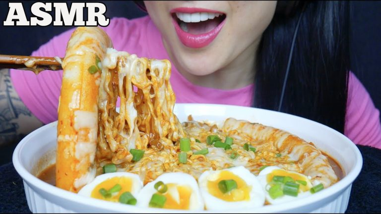 Asmr Cheesy Spicy Noodles Giant Rice Cake Eating Sounds No Talking Sas Asmr Asmrhd Easy mochi ingredients:1 cup of sweet rice flour1/2 cup sugar (you can put more if you asmr:stirfry noodles & eggs 먹방 ramen mukbang *big bites* eating sounds. asmr cheesy spicy noodles giant rice
