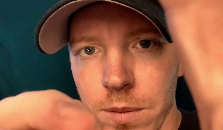 ASMR – Face Scratching – Camera scratching With a Screwdriver