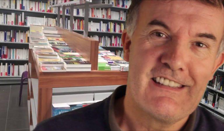 ASMR   Roleplay vendeur de livre