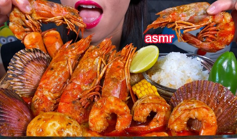 ASMR SEAFOOD BOIL IN SPICY BUTTER SAUCE *MAKANAN LAUT PEDAS मसालेदार समुद्री भोजन Eating Sounds