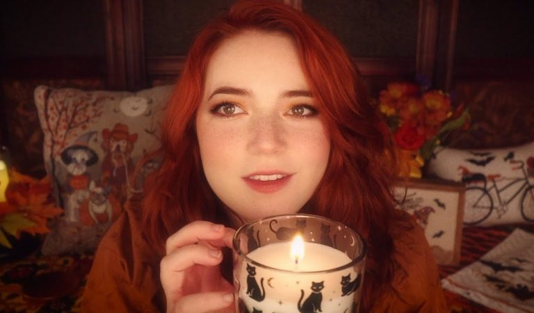 ASMR Autumnal Triggers (Tracing, Tapping, Scratching)